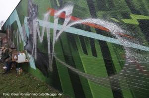 Graffiti Aktion am Schleswiger Platz. Leider ist das Bild in der zuvor besprüht worden