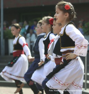 Tanzfolk 2014 am Dietrich-Keuning-Haus. Serbische Tanzgruppe