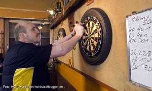 Die Gläubigen, Dart-Club von Manni Piechota