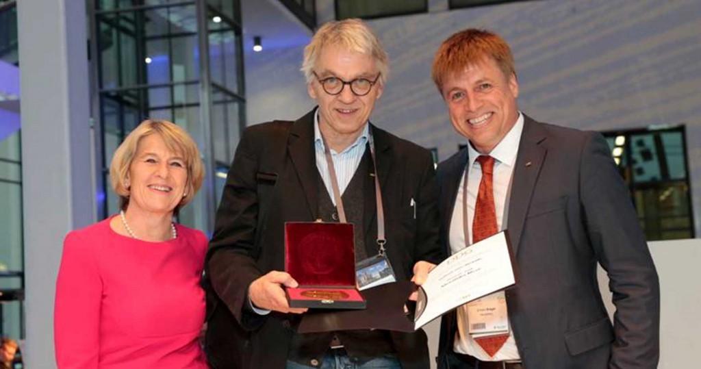 Dr. Alexander Risse, leitender Arzt der Diabetologie im Klinikzentrum Nord, von der Deutschen Diabetes-Gesellschaft (DDG) in Berlin geehrt.