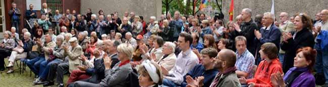Erhard Eppler kommt als Hauptredner zum Internationalen Antikriegstag – Friedensfestival an der Katharinentreppe