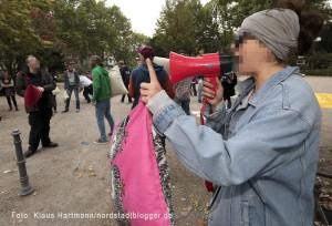 Soziales Zentrum Avanti veranstaltet Kissenschlacht auf dem Nordmarkt