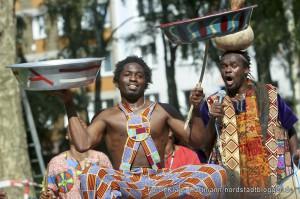 14. Kletterfest der AWO im Blücherpark. Afrikanische Künstlergruppe AIPO