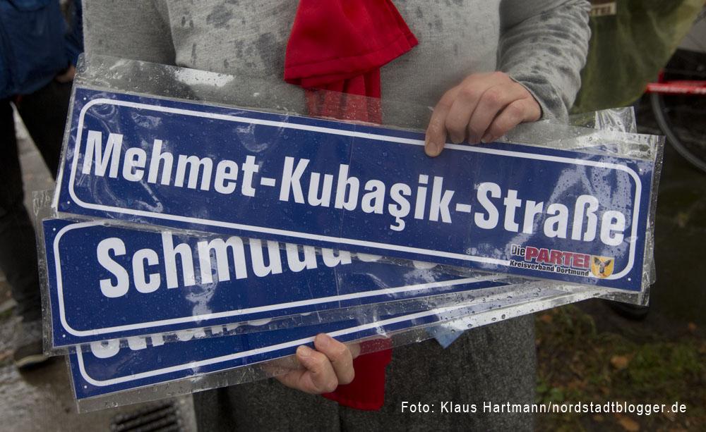 """Die Partei """"Die Partei"""" benennt Straßen mit brauner Vergangenheit um"""