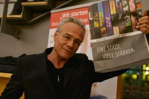 Klaus J. Behrendt sah sich die neue Kampagne auch an.