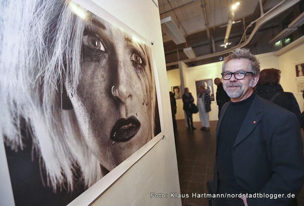 Peter Klein zeigt seine Fotoausstellung Menschenkinder in der Galerie Dieter Fischer im Depot