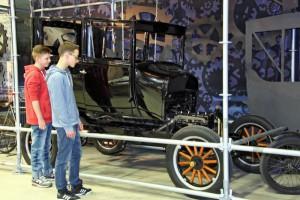 Das Ford-T-Modell steht für die Einführung der Fließbandarbeit.Foto: LWL/Holtappels