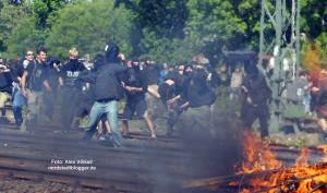 Gewaltsam versuchten Autonome Antifa den Neonaziaufmarsch am 1. Mai 2007 zu verhindern.