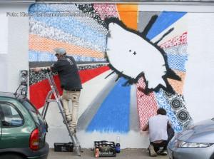 Mauer Galerie, Streetart 2015 in der Weißenburger Straße am Kraftwerk. Sprayer aus Castrop-Rauxel am Werk