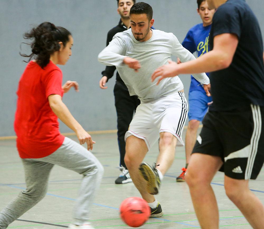 Fußballturnier der DIDF Jugend in der Halle Nord