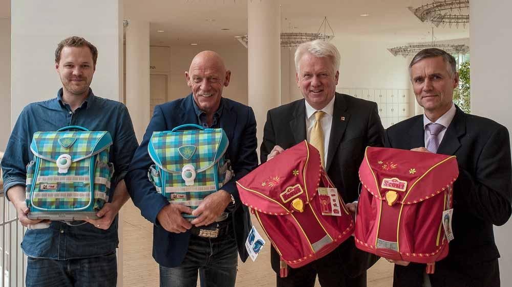 Moritz Tasche, Joe Bausch, Ulli Sierau und Manfred Hagedorn stellten das Projekt vor. Foto: Emelie Wendt