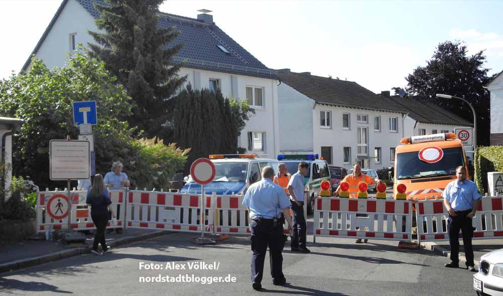 Die Glückaufsegenstraße ist geschlossen. Nur Anlieger werden durchgelassen.