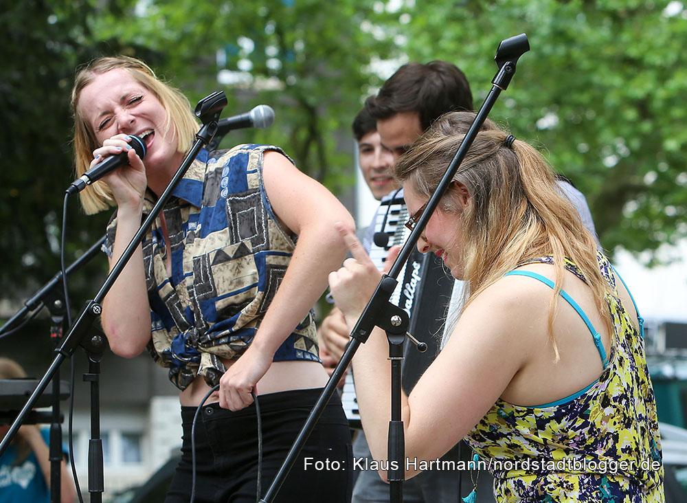 Dritte Ausgabe von Musik, Kultur, Picknick mit Revolving Compass und Ritalin Ray auf dem Nordmarkt. Im Bild: Ritalin Ray