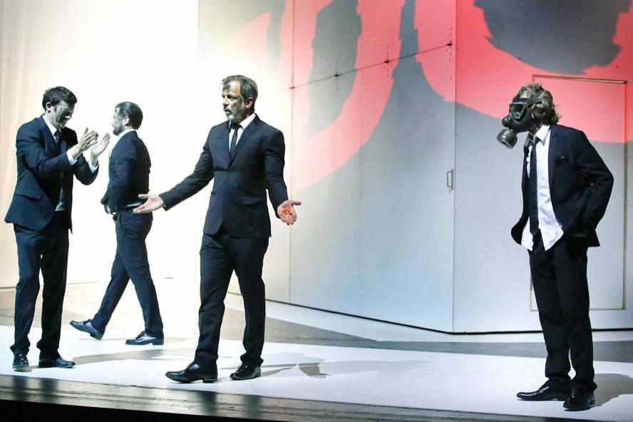 Björn Gabriel, Christoph Jöde, Sebastian Kuschmann, Uwe Schmieder. Foto: Szekely/TheaterDo