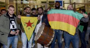 Zahlreiche Dortmunderinnen und Dortmunder haben Spenden für die Flüchtlinge aus Ungarn gebracht.