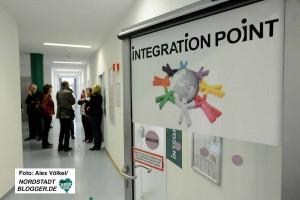 Arbeitsagentur, Jobcenter und Sozialamt haben den Integration Point für Flüchtlinge gestartet, der beim Start in Ausbildung und Beruf helfen soll.