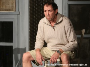 """Premiere des Theater-Stücks """"Der Kick"""" im Wichern-Haus. Michael Guddeit als Torsten M"""