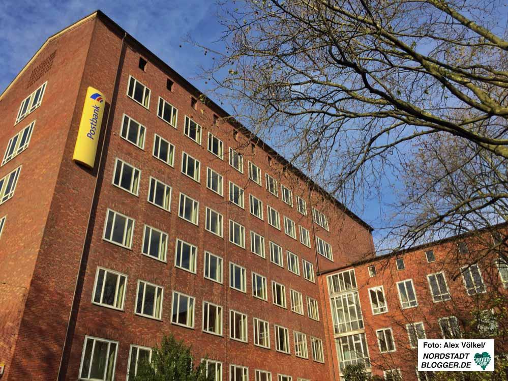 In das ehemalige Postgiroamt am Hohen Wall 9-11 soll das Gesundheitsamt einziehen.