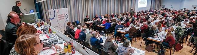 Die Synode des Evangelischen Kirchenkreises Dortmund spricht sich für den Schutz von Flüchtlingen aus