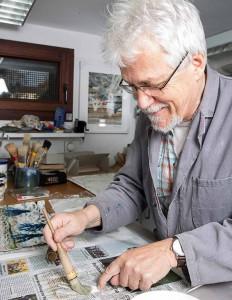 Uwe Schönfelder wird seine Papierkunstwerke vorstellen. Foto: Jan Schürmann
