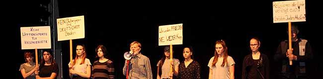 W.A.R. – Theater- und Tanzperformance über das Leben im Krieg mit Jugendlichen und Senioren in der Nordstadt