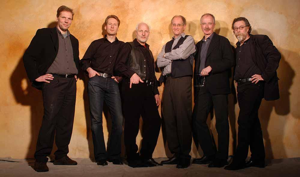 """Die """"Dirty Blue Band"""" gibt ein Benefizkonzert in der PauluskircheDie """"Dirty Blue Band"""" gibt ein Benefizkonzert in der Pauluskirche."""