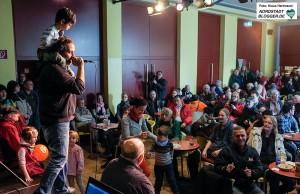 Abschluss des Ostermarsch Rhein-Ruhr 2016 am Wiechernhaus. die Microphone Mafia