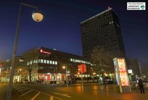 """Auch die DortmunderSparkasse macht am Samstag bei der WWF """"Earth Hour"""" mit."""