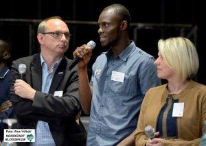 Auch Flüchtlinge kamen zu Wort - sie stellten ihren Erfahrungen mit dem deutschen Ausbildungssystem vor.