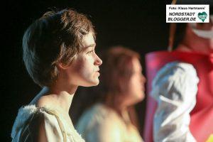 Kulturwerkstatt Lindenhorst, 100 Jahre DADADO. Triadisches Ballett von Oskar Schlemmer. Lisa Hoffmann