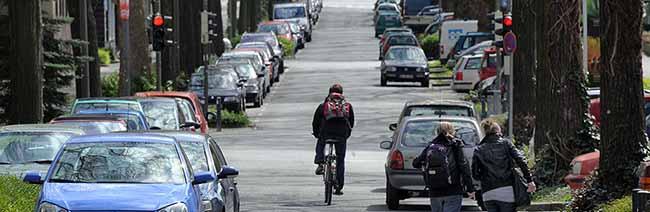 Bürgerversammlung zum Radschnellweg Ruhr: Dichte Besiedlung im Kreuzviertel bereitet den Planern Probleme