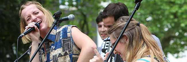Am Sonntag gibt es das Sommerfest von Lydia-Gemeinde und Pauluskirche mit viel Live-Musik und Tanzgruppen
