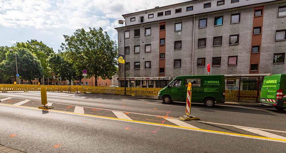In den nächsten Wochen gibt es eine große Baustelle auf der Brackiger Straße. Foto: Rüdiger Barz