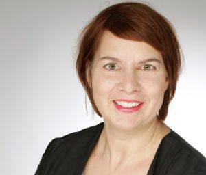 """Die Dortmunder Grafik Designerin Sabine Gröne hat ein Fashionlabel """"Bambule"""" gegründet."""
