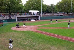 Wo einst die Radfahrer um Punkte kämpften, sind heute die Baseballer am Ball.