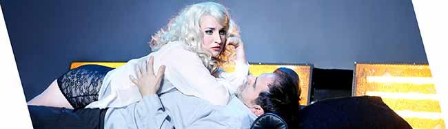 """Theater-Drama bei """"Das Interview"""": Der Journalist Pierre und das Soap-Sternchen Katja kommen sich extrem nah"""