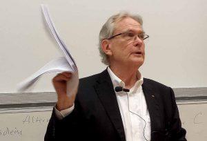 Migrationsforscher, Publizist und Politikberater Klaus J. Bade war in Dortmund zu Gast. Foto: Claus Stille