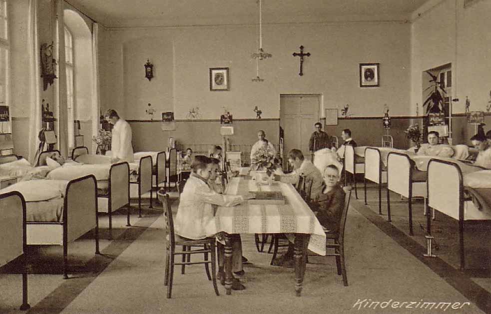 Das Brüder-Krankenhaus - hier das Kinderzimmer - war das dritte Krankenhaus in Dortmund Repros: Sammlung Klaus Winter