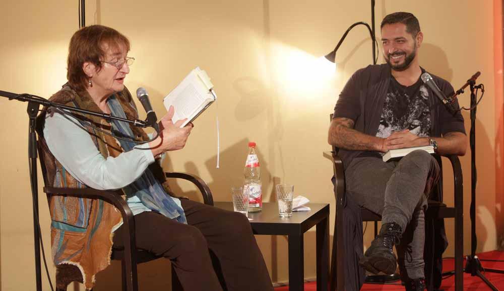 Katja Behrens hat die Lebensgeschichte von Roma-Aktivist Gianni Jovanovic in den Mittelpunkt gestellt.
