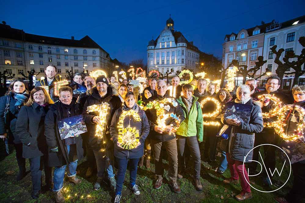 Präsentation des Adventskalenders auf dem Borsigplatz in Dortmund. Foto: Dietmar Wäsche