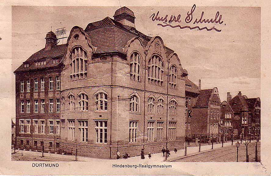 Ansicht der Hindenburg-Realgymnasiums um 1920/25. (Sammlung Klaus Winter)