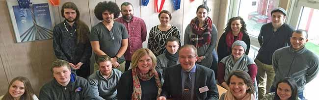 Studierende aus amerikanischer Partnerstadt Buffalo in Dortmund zu Besuch: Deutsch pauken und Flüchtlingsfragen
