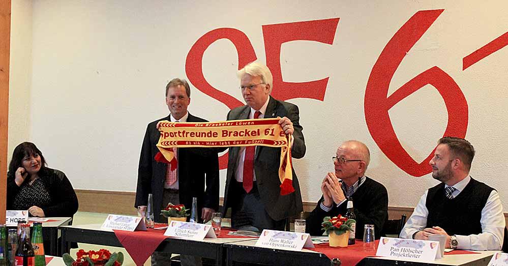 """Das Projekt """"Anpfiff zur Vielfalt und Integration"""" der Sportfreunde Brackel 61 richtet sich nicht nur an Flüchtlinge."""
