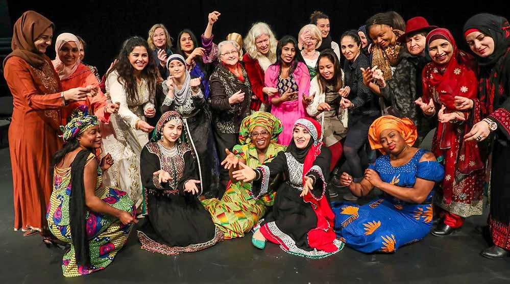 Frauen aus 15 Ländern haben das Stück rund um das Thema Freiheit gemeinsam entwickelt. Foto: Stephan Schuetze