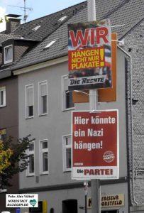 Diese Plakate fallen unter die freie Meinungsäußerung.