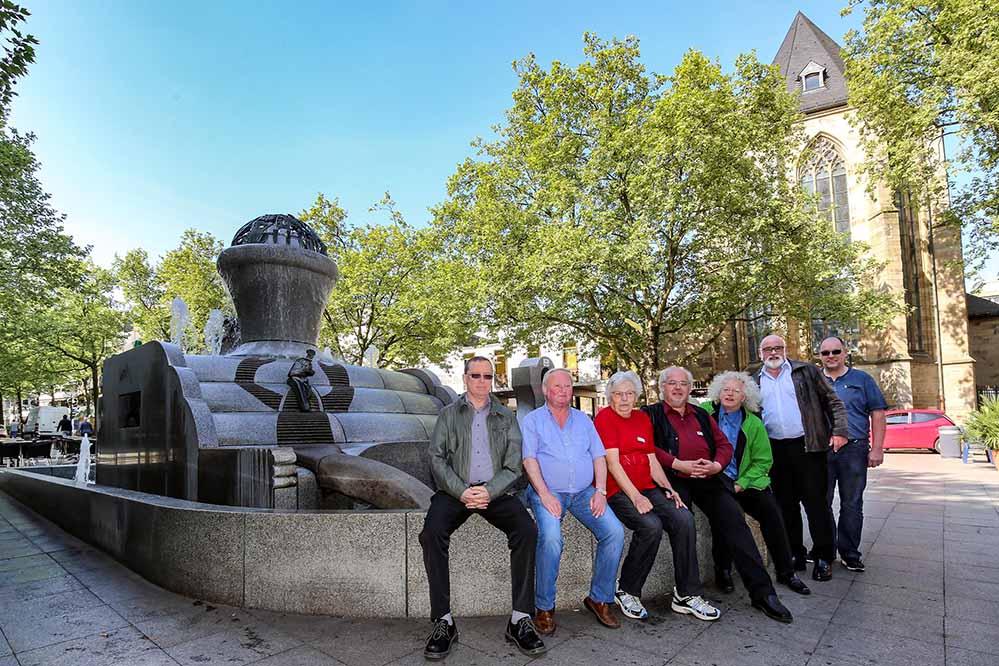 Der Europabrunnen in der City ist der erste Brunnen, der wieder sprudelt.