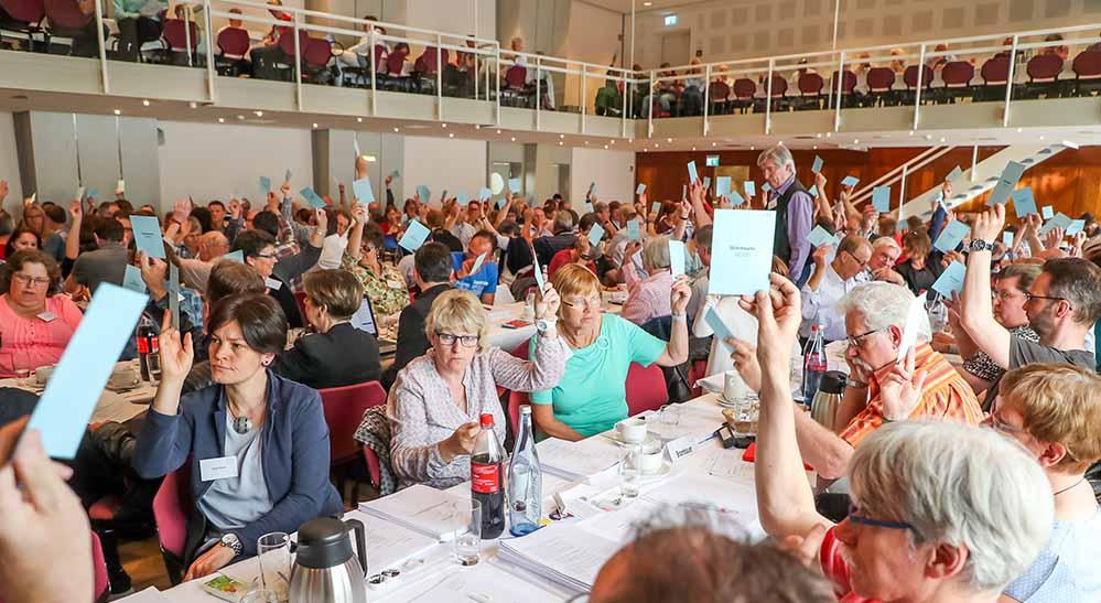 Im Reinoldisaal der Handwerkskammer tagte die Synode des Evangelischen Kirchenkreises Dortmund. Foto: Stephan Schuetze/ KKDO