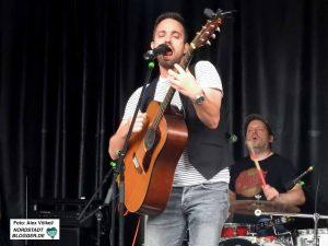 Nordstadt-Barde Boris Gott meldete sich mit seiner neuen Band zurück.