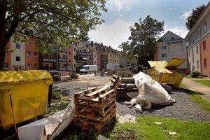 Bereits seit Monaten wird in der Wohnsiedlung im Kreuzviertel an mehreren Häusern gebaut.