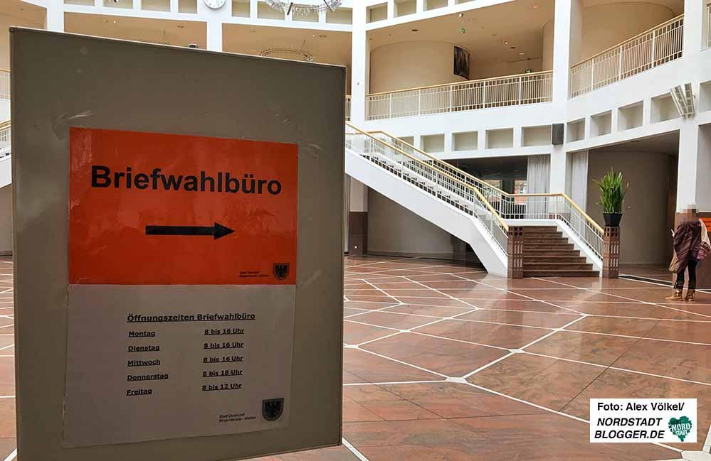 Das Briefwahlbüro im Rathaus ist ab sofort wieder geöffnet. Archivbild: Alex Völkel